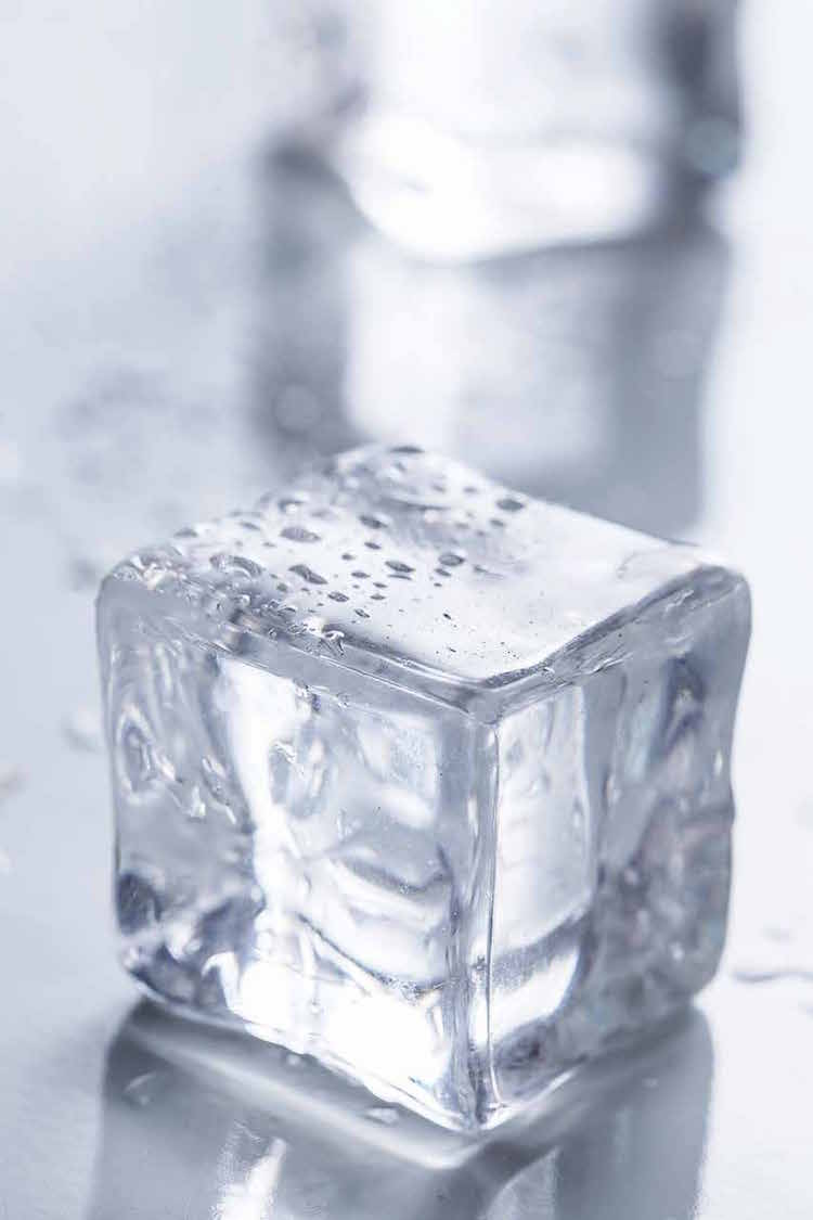 Making Square Ice Cubes - edible Hawaiian Islands Magazine