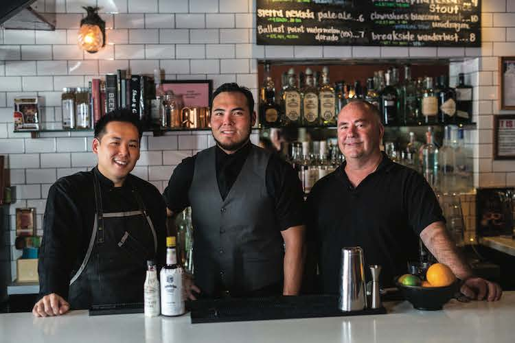 kevin-hanney-avenues-bar-eatery-2